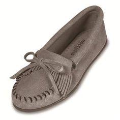Minnetonka Women's Shoes - Kilty Suede Moc in Grey Hard Sole
