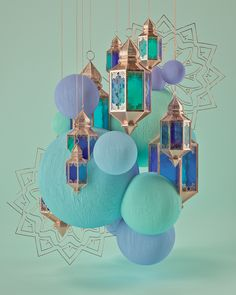 Turquoise orbs and Moroccan summer window display idea Ramadan Crafts, Ramadan Decorations, Light Decorations, Fond Design, Arabian Nights Party, Aladdin Party, Wal Art, Islamic Wallpaper, Ceiling Decor