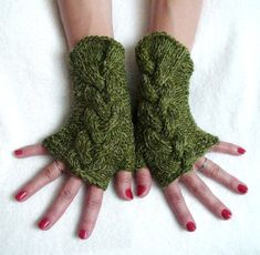 Fingerless Gloves Cabled Green Wrist Warmers Warm by LaimaShop