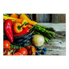 Colorful Fruits Vegetables  Healthy Food Poster Colorful Vegetables, Colorful Fruit, Fruits And Vegetables, Real Food Recipes, Healthy Recipes, Healthy Food, Healthy Weight, Scalloped Potato Recipes, Poster Art