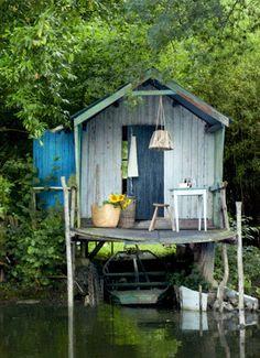 Le Monde de Catherine: Ma cabane- garden sheds