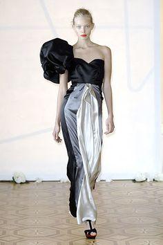 Roksanda Spring 2008 Ready-to-Wear Fashion Show - Tanya Dziahileva
