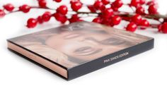 Recenzja HUDA BEAUTY 3D HIGHLIGHTER The Pink Sands Edition, już na blogu! Nigdy za mało rozświetlenia, prawda?  👉http://www.deliciousbeauty.pl