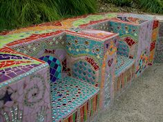 mosaic bench - this is amazing!