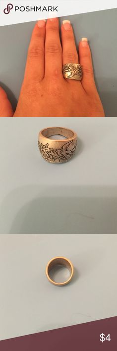 Chunky gold ring Chunky gold ring with bird design Jewelry Rings