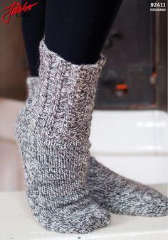 Classic ragg socks in Icelandic sock yarn Hosuband. Sock Yarn, Knitting Socks, Leg Warmers, Free Pattern, Wool, Heels, Crafting, Patterns, History