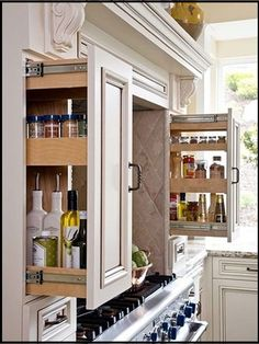 My Favorite Kitchen Storage & Design Ideas While cleaning up my files on our old computer last weekend, I came across a folder that I created years ago with images of unique kitchen storage ideas that I'd love to use in a Kitchen Redo, New Kitchen, Kitchen Storage, Kitchen Organization, Organization Ideas, Organized Kitchen, Cabinet Storage, Smart Kitchen, Kitchen Small