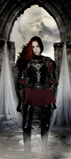 Lady Knight by lochnessa2.deviantart.com