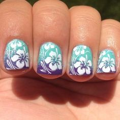 For tropical nails, shades of blue, pink, orange, and green work just perfectly. We have gathered some 50 hot tropical nail art designs. Beach Nail Art, Beach Nail Designs, Cute Nail Designs, Plage Nail Art, Trendy Nails, Cute Nails, Hawaiian Flower Nails, Hawaiian Nail Art, Blue Hawaiian