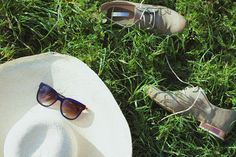 Summer Accessories: Sydney Brown Oxfords and Thierry Lasry Sunnies
