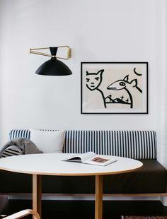 Modern dining room ideas for a contemporary look |www.bocadolobo.com #diningroomdecorideas #moderndiningrooms