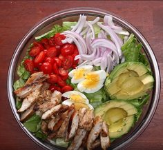 Discover recipes, home ideas, style inspiration and other ideas to try. Healthy Salads, Healthy Cooking, Healthy Eating, Healthy Recipes, Boite A Lunch, Honey Mustard Chicken, Avocado Salat, Peruvian Recipes, Fast Dinners
