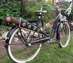 1952 Rollfast Hopalong Cassidy Super de Luxe 26″ Spring Fork Cowboy Bike