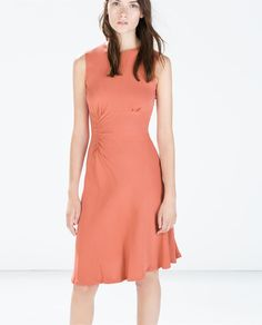 Love the side gathers and interesting hemline on this. Wish it had some sleeves. ZARA - WOMAN - DRESS WITH SIDE GATHERING