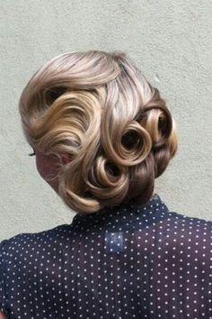Retro Inspired Wedding Hairstyle