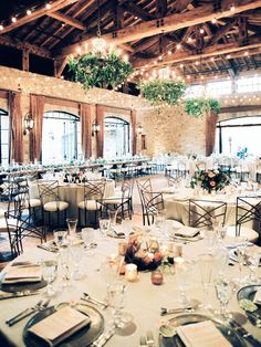 Currently dreaming of this indoor wedding with the most romantic floral and glamour. We are in love with these decor and the set up of the room. If you're a bride searching for a wedding venue that has a city chic and romance, head to the link now!  #weddingvenues #weddingideas #citywedding #weddingideas