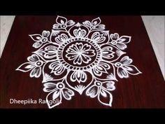 Beautiful freehand flower muggulu designs for festivals // easy rangoli designs Easy Rangoli Designs Videos, Easy Rangoli Designs Diwali, Indian Rangoli Designs, Rangoli Designs Latest, Rangoli Designs Flower, Rangoli Patterns, Free Hand Rangoli Design, Small Rangoli Design, Rangoli Border Designs