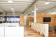 Gallery of AT Office / Est Architecture - 13