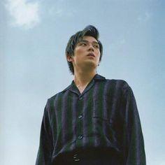 Arata Mackenyu for J-Movie Magazine Volume 35 Japanese American, Japanese Boy, Retro Wallpaper Iphone, Movie Magazine, Cute Anime Boy, Drama Movies, Asian Actors, Actor Model, Most Beautiful Man