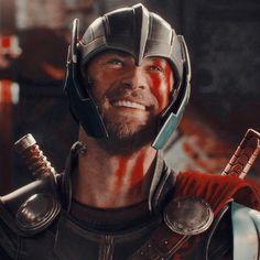 Thor Ragnarok Marvel Man, Marvel Avengers, Avengers Quotes, Marvel E Dc, Man Thing Marvel, Marvel Heroes, Marvel Fanart, Marvel Cosplay, Marvel Wall Art