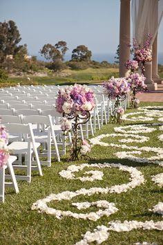 aisle petals wedding caminho petalas casamento 2
