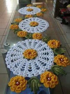 Don't miss 13 exquisite beauti Crochet Dollies, Crochet Stitches Patterns, Crochet Chart, Thread Crochet, Crochet Flowers, Crochet Vintage, Unique Crochet, Easy Crochet, Crochet Table Runner