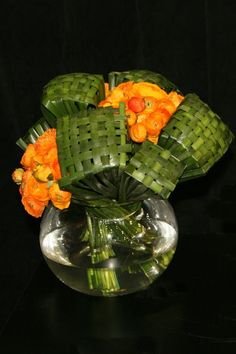 designer Geert Pattyn, Foliages used Aussie typha Beautiful Flower Arrangements, Floral Arrangements, Beautiful Flowers, Deco Floral, Arte Floral, Flower Show, Flower Art, Sogetsu Ikebana, Flax Flowers