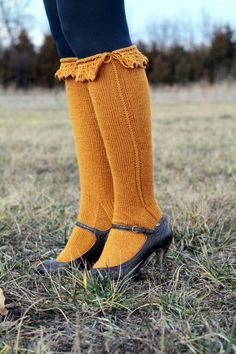 I need to learn how to make socks...wouldn't my granddaughters look so cute in these??!!Bonneterie Socks