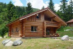Comment construire une cabane en rondins? Par ici... http://www.humanosphere.info/2015/09/comment-construire-une-cabane-en-rondins-par-ici/ via @humanosphere
