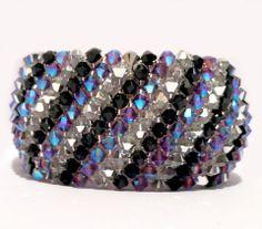 COLOR CAPRICHO BRACELET MADE WITH SWAROVSKI CRYSTALS - Nicole Ferosh Wire Wrapped Jewelry, Beaded Jewelry, Handmade Jewelry, Beaded Bracelet Patterns, Jewelry Patterns, Crystal Beads, Swarovski Crystals, Bracelet Making, Jewelry Making
