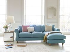 Every loafing house should have a chaise sofa - if you've got the space. Especially one as elegant and comfy as our Sloucher chaise.