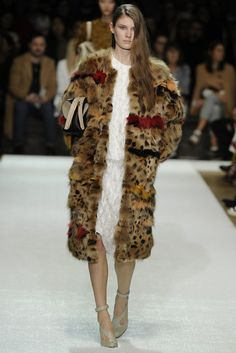 I want to make out with this coat Chloé RTW Fall 2014 - Slideshow - Runway, Fashion Week, Fashion Shows, Reviews and Fashion Images - WWD.com