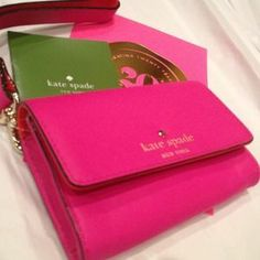 *****SOLD*****I just discovered this while shopping on Poshmark: NWT Kate Spade Wristlet. Check it out!  Size: OS