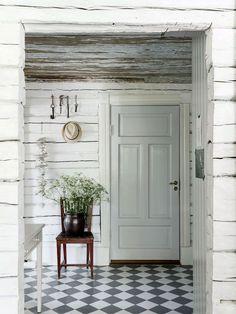 my scandinavian home: swedish cottage Swedish Farmhouse, Swedish Cottage, Swedish Decor, Swedish House, Farmhouse Style, Swedish Style, Swedish Interior Design, Swedish Kitchen, White Farmhouse