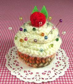Cupcake KNITTING PATTERN Amigurumi Pincushion by LiliaCraftParty