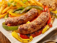 Hearty Sausage, Potatoes & Peppers for less than 300 calories!  top with WG and it is yummy!!