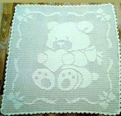 Naughty loops: plaid with bear for baby (loin knitting) Crochet Afghans, Afghan Crochet Patterns, Baby Blanket Crochet, Crochet Stitches, Crochet Rabbit, Crochet Teddy, Crochet Machine, Bear Blanket, Diy Crafts Crochet