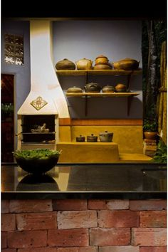 Casa Retiro do Chalé: Cozinhas rústicas por MMMundim Arquitetura e Interiores