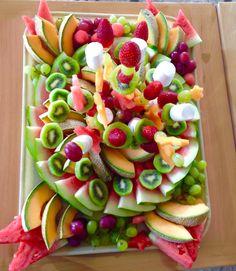 Frutas en arco iris
