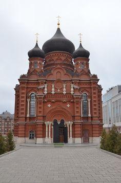 Успенский кафедральный собор. Данный собор построен с 1898-го по 1902 год. До 1917 года являлся монастырским. г.Тула