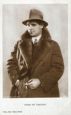 https://flic.kr/p/NXKkWu | Victor Varconi | German postcard by Ross Verlag, no. 990/2, 1925-1926. Photo: Arenberg Atelier, Wien.  Handsome Victor Varconi (1891–1976) was a highly successful matinee idol of the Hungarian-Austrian and German silent cinema in the 1910s and early 1920s. Later he was the first Hungarian actor to become a Hollywood star until the sound film completely altered the course of his career.  For more postcards, a bio and clips check out our blog European Film Star…