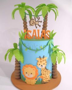 125 Likes, 15 Kommentare - Dulcita Vicky Rodriguez (Vicky Rodriguez Dulcita) . Safari Birthday Cakes, Boys First Birthday Cake, Safari Cakes, Baby Boy Birthday, Safari Party, Jungle Party, Zoo Cake, Jungle Cake, Animal Cakes