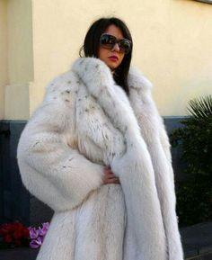 Lynx dyed fox fur coat
