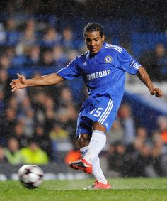 ~ Florent Malouda of Chelsea FC has been released and is currently a Free Agent ~