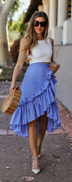 Fashionable Look With Ruffle Skirt Outfit Ideas 48 Ruffle Skirt - jersey skirt skirt bedspread skirt blue skirt cotton on skirt leopard skirt long skirt maxi dress skirt mini skirt pattern skirt short - Summer Dresses Trend 2019 Skirt Outfits, Casual Outfits, Cute Outfits, Fashion Outfits, Womens Fashion, Casual Bags, Fashion Shoes, Blue Fashion, Ruffle Skirt