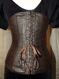 02ac02b6a0 corset à goussets T42 bonnet DD imitation peau de serpent   Ceinture par  horizon-couture