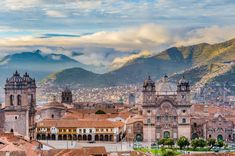 The city of Cusco in Peru, a city build in a high altitude. Besides being a gateway to the famous Machu Picchu, the city itself is also worth a visit. Santa Lucia, Monuments, Road Trip, Inca Empire, Destinations, Lake Titicaca, Destination Voyage, South America, La Paz