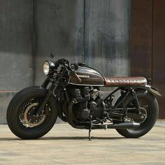2,628 Likes, 4 Comments - Cafe Racers and Vintage Bikes (@streetcaferacers) on Instagram