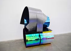 Julia Dault @ The Power Plant – Nombre Studio — future fashion and art news Reflection And Refraction, Ppr, Light Installation, Art Installations, Art Object, Urban Art, Sculpture Art, Abstract Sculpture, Art Blog