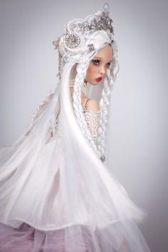 Crystal Now Maiden by amadiz on DeviantArt